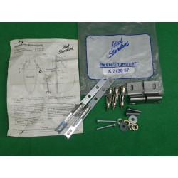 Mounting kit for mounting the half-leg Ideal Standard